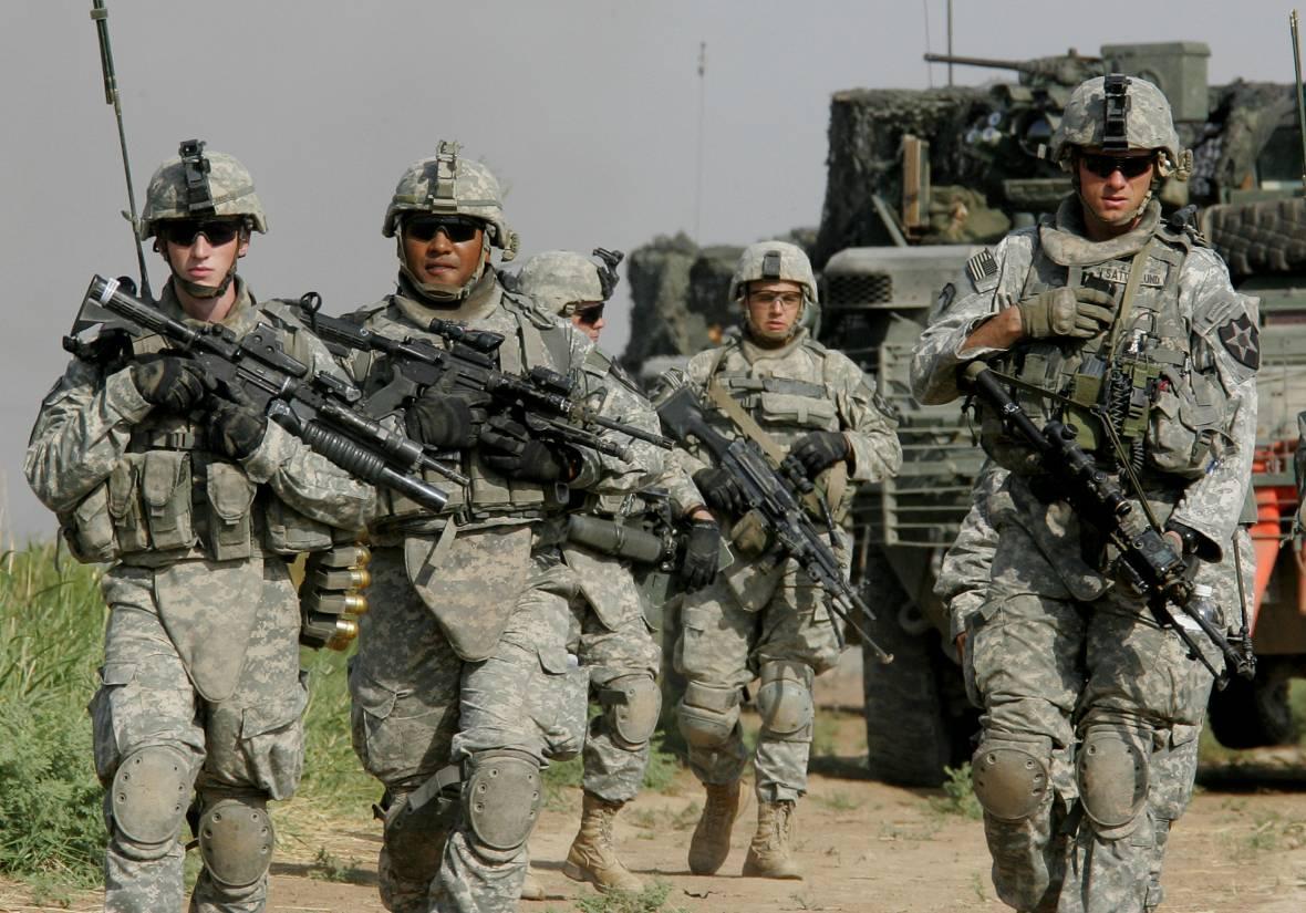 США сократили военную помощь Узбекистану