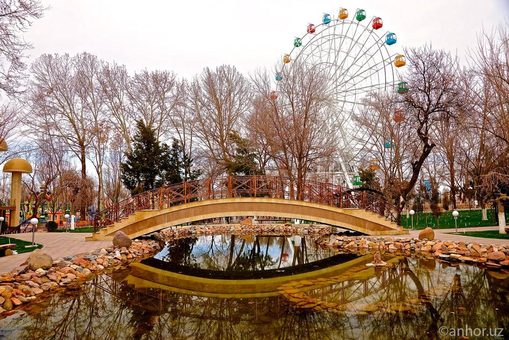 Фоторепортаж ANHOR.uz из парка Lokomotiv Amusement