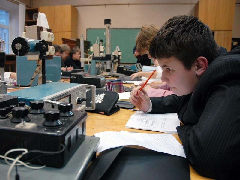 Старшеклассники получат профессию прямо в школе