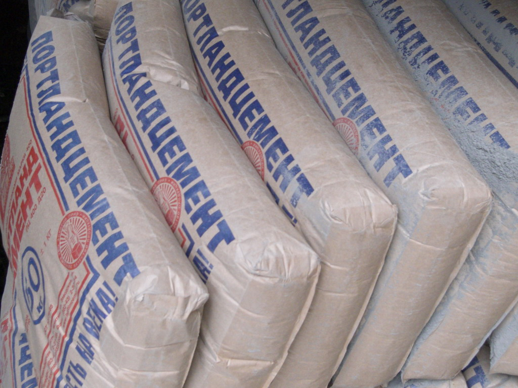 В Узбекистане установлен лимит на покупку цемента – не более 50 тонн