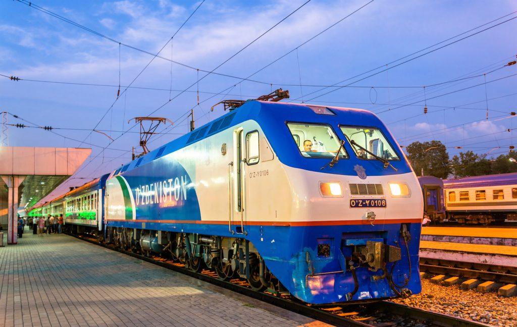 Со 2 января установлены скидки до 45 % па прямые ж/д рейсы в Россию и Казахстан