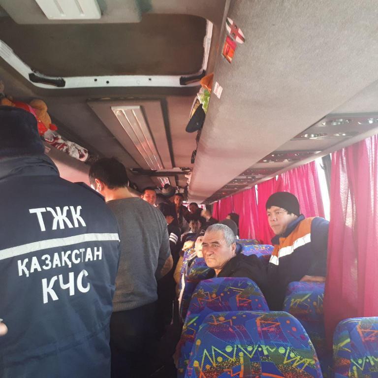 43 граждан Узбекистана спасли от замерзания в Казахстане