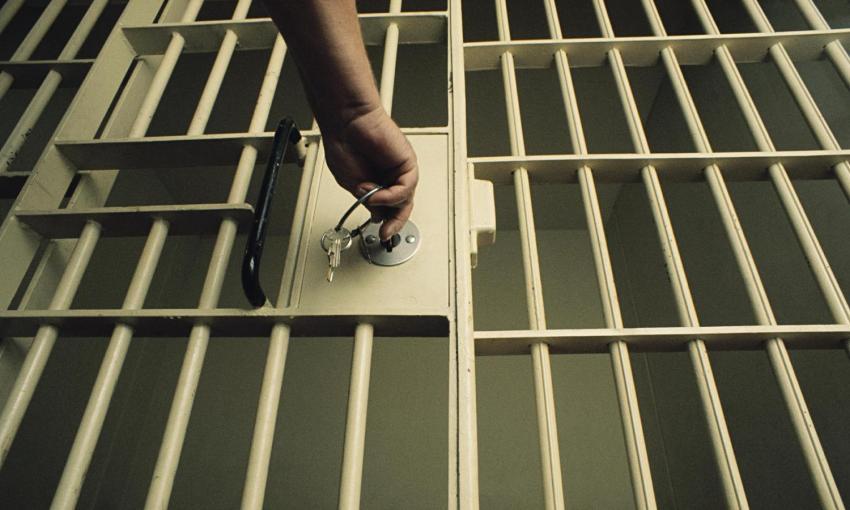 Журналист Дилмурод Саидов досрочно освобожден из-под стражи