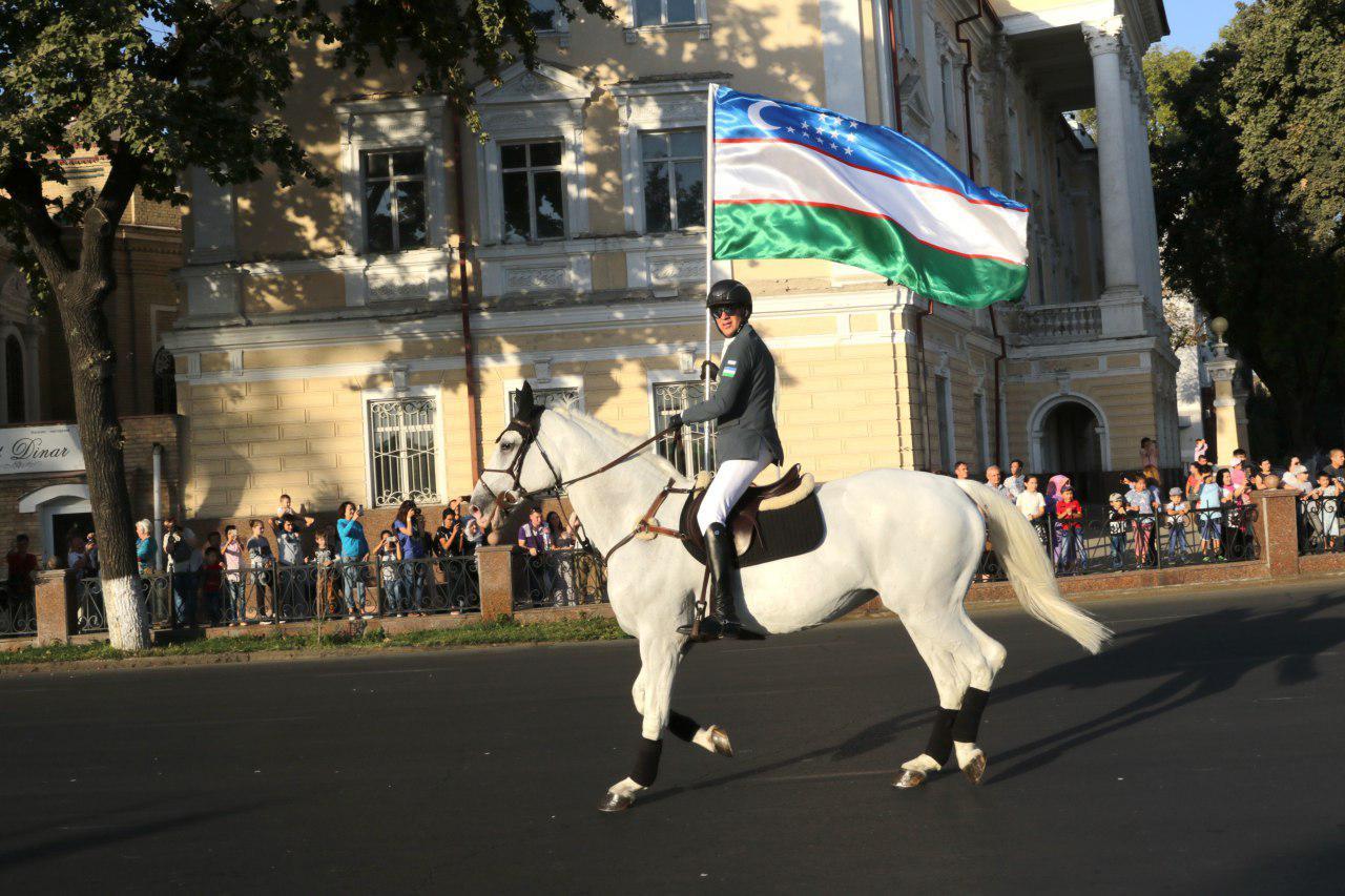 Как прошел конный парад в Ташкенте?