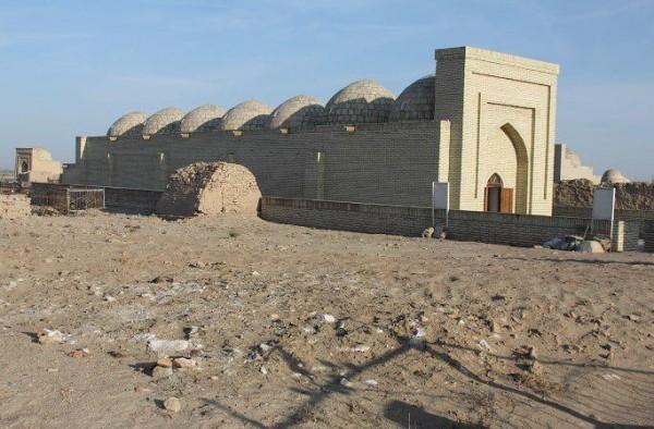 В Каракалпакстане отреставрировав уничтожили мавзолей XII века