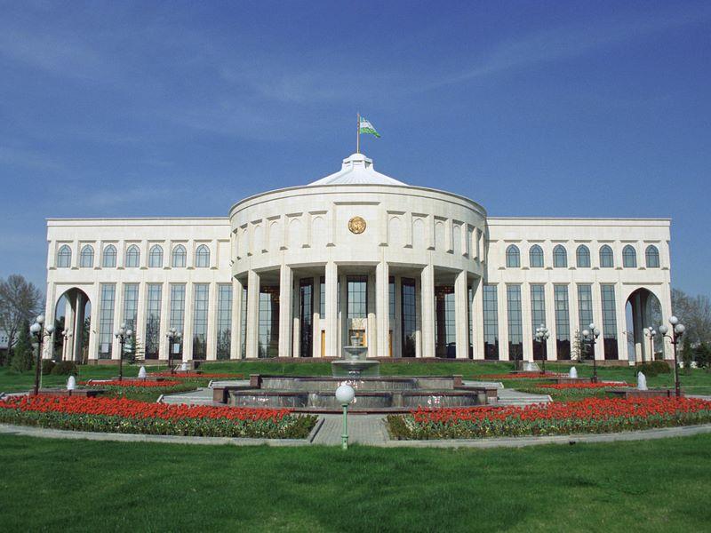 Президент отметил неудовлетворительную работу чиновников по отношению к государственному имуществу