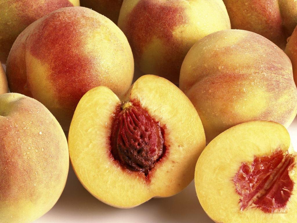 В персиках из Узбекистана нашли карантинного вредителя