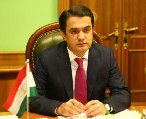 Рустам Эмомали впервые в качестве мэра едет в Ташкент