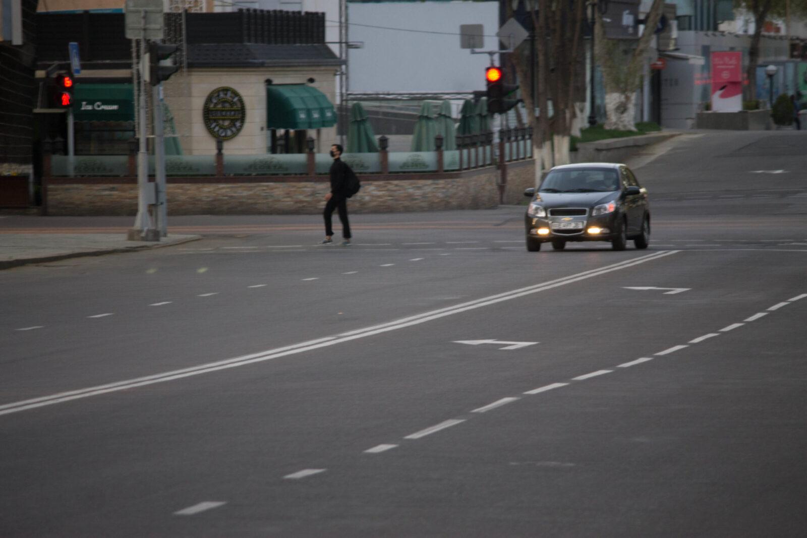 ИИВ қандай ҳолатларда стикерсиз шахсий автомобилдан фойдаланиш мумкинлигига изоҳ берди