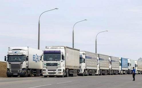 Узбекистан пропустил застрявших на границе белорусских дальнобойщиков