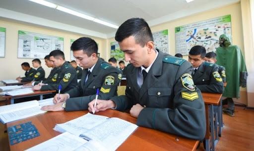 В Узбекистане открываются военно-патриотические спецклассы
