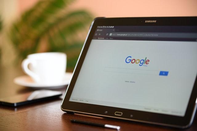 Google стала первой компанией
