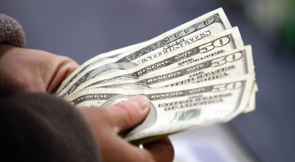 С 1 апреля денежные переводы станут надежнее