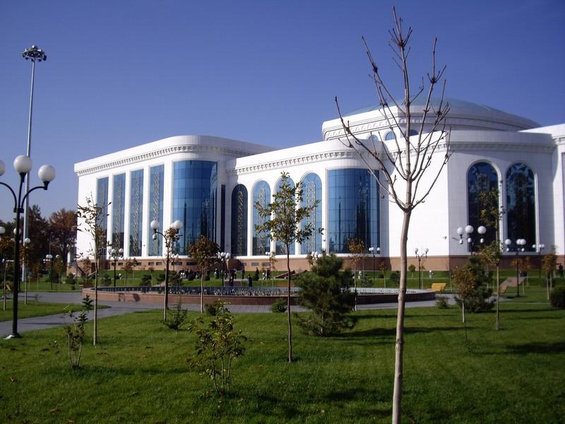 Национальная библиотека Узбекистана имени Алишера Навои насчитывает  84 902 пользователя