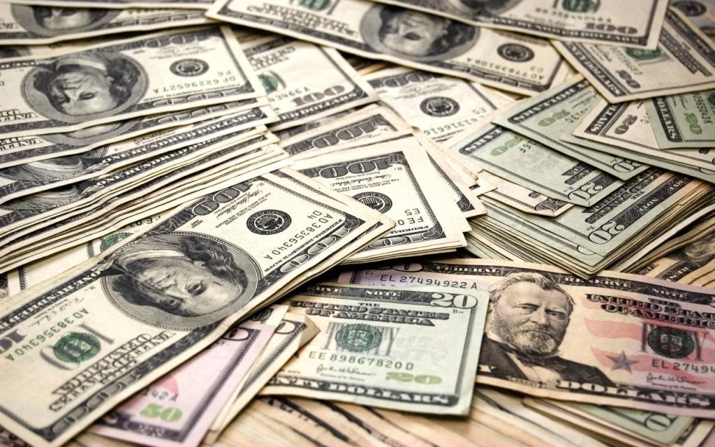 Гражданин соседнего государства пытался вывезти из Узбекистана $25 000 в спрятанном поясе