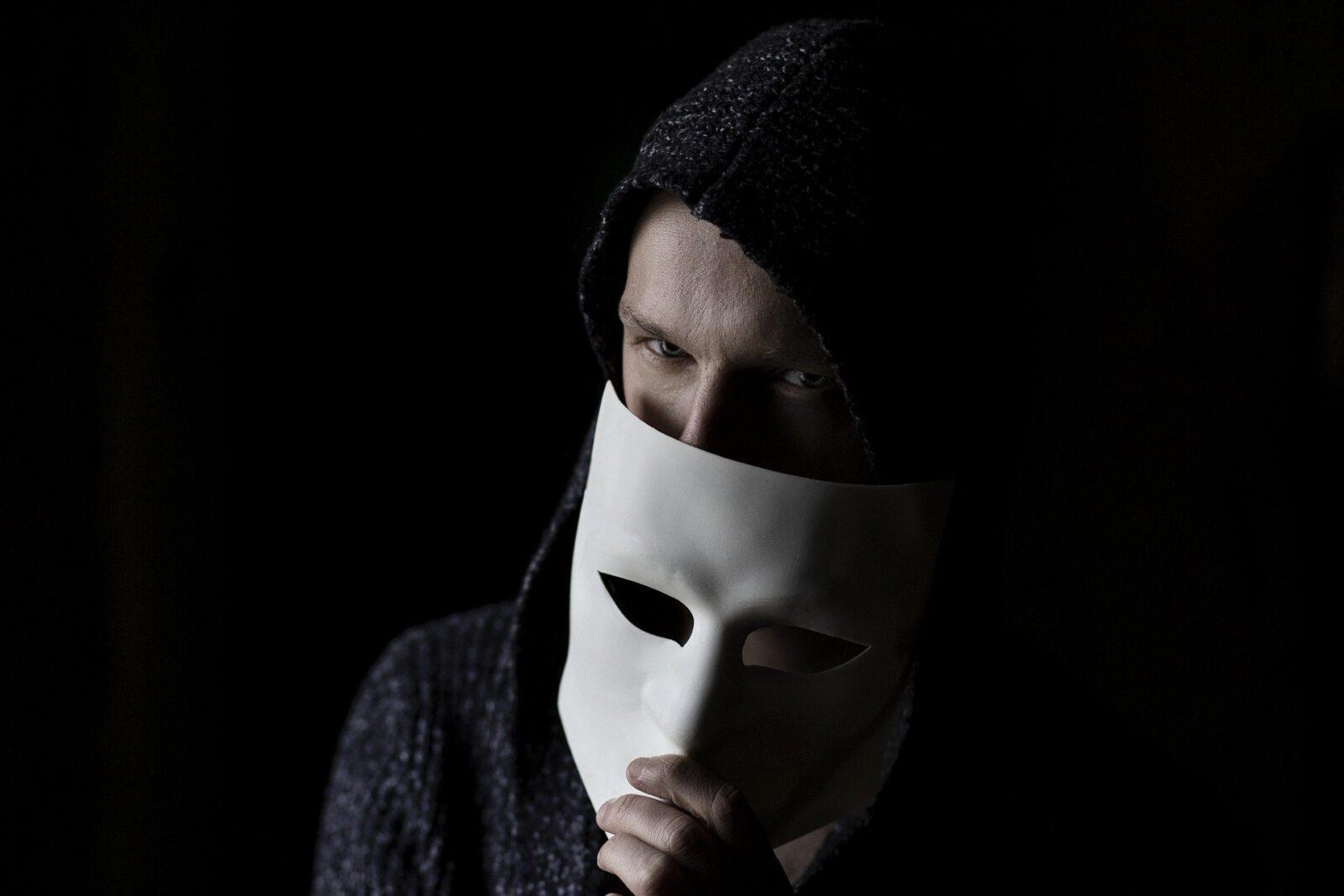 «Уязвимость в сети»: как вести себя в Интернете