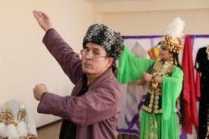 В Ташкенте прошел онлайн мастер-класс по танцу лазги