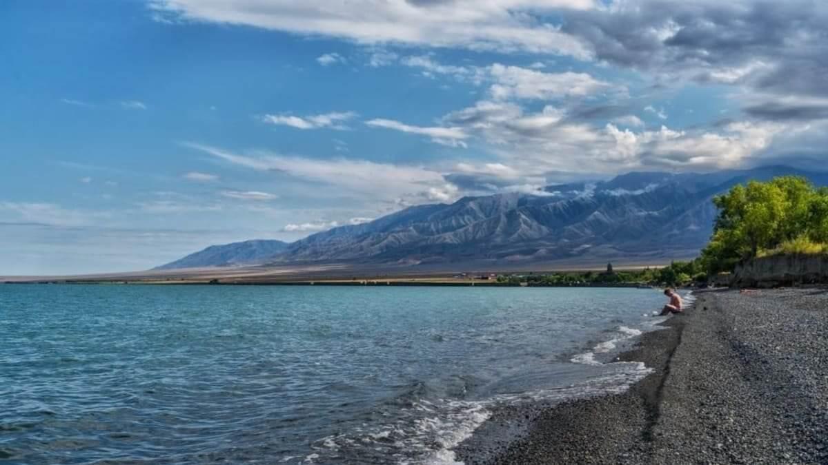 Заменяют берег турецкий: этим летом казахстанцы в основном отдохнут внутри страны