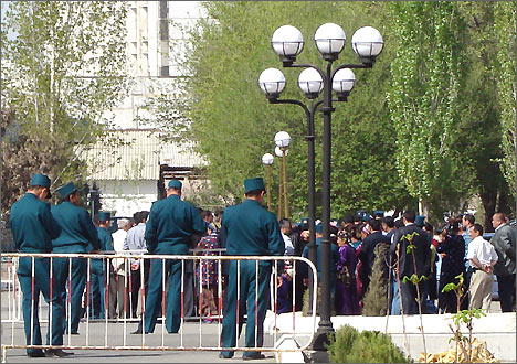 В новом законопроекте о митингах предлагается урегулировать флешмобы и пикеты