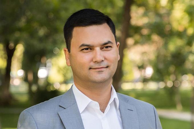 Элбек Шукуров занял должность хокима Сергелийского района Ташкента