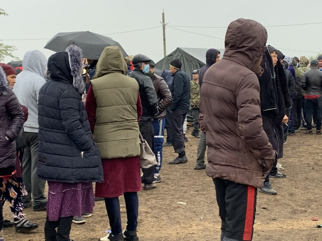 «Новая Газета»: Самара областидаги лагерга ҳар куни 100-150 ўзбекистонлик фуқаро келмоқда