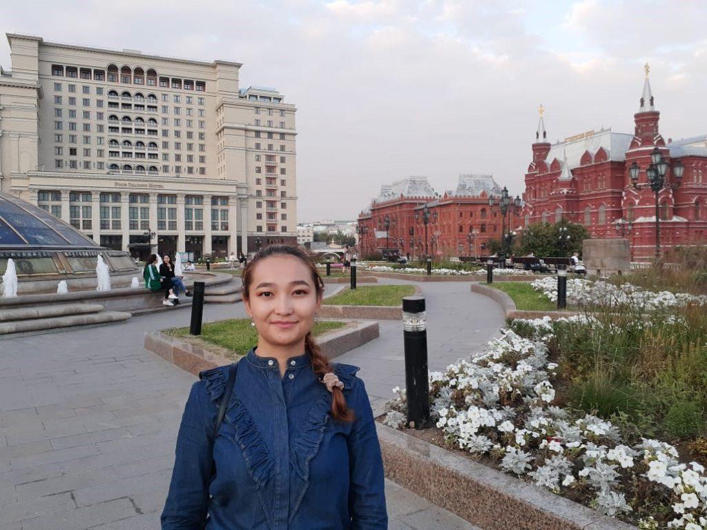 Студенты из Центральной Азии не могут вернуться в Россию на учебу