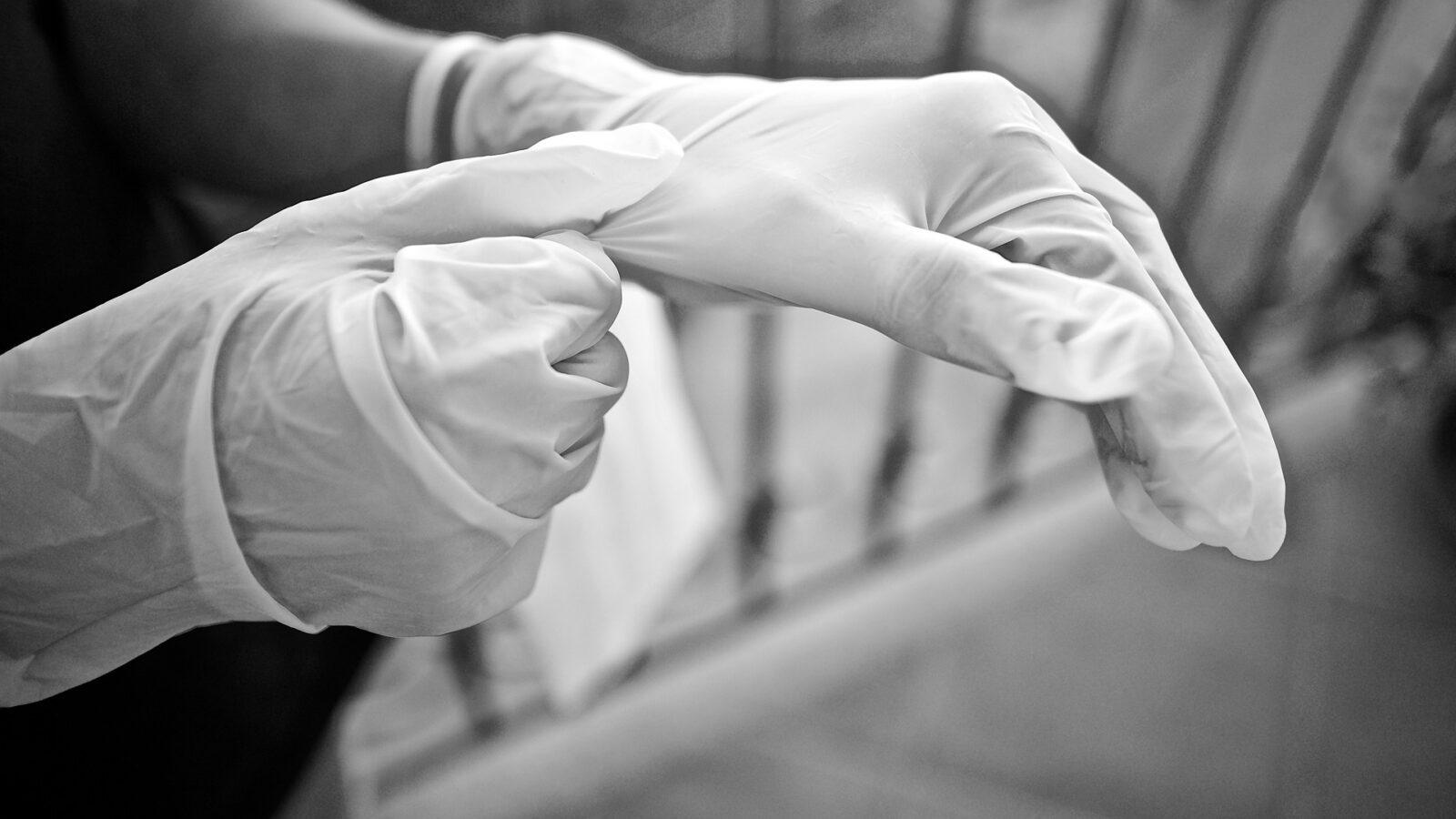 «В конце месяца государство возместит расходы транспортных компаний»: начальник управления транспорта Ташкента о требовании к пассажирам носить перчатки