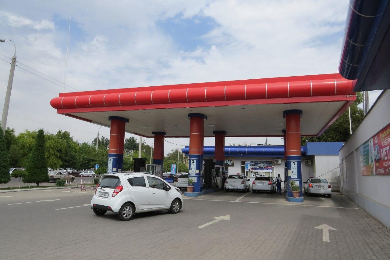 Компания «Худудгаз Андижан» попросила водителей заправляться с шести утра до четырех часов дня