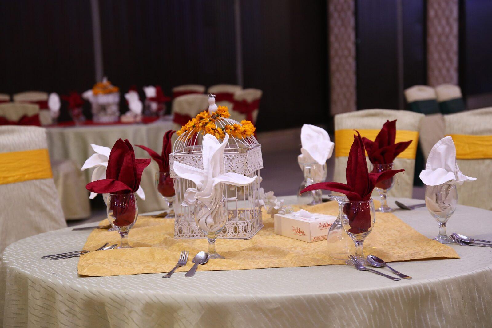 Спецкомиссия разрешила проводить свадьбы в банкетных залах еще с 1 октября