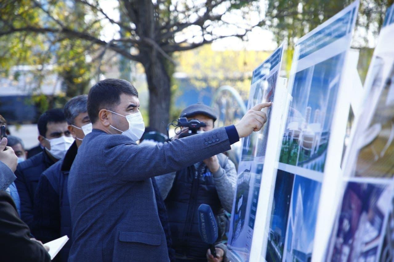 Алишер Усманов выделил средства на строительство бизнес-центра на своей малой родине (+)