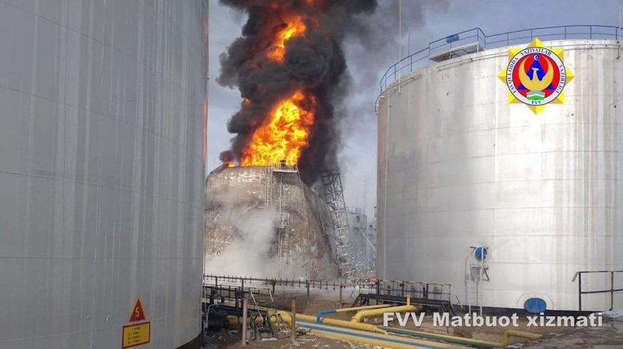 В Ташкентской области воспламенилась цистерна с горючим вместимостью 5 тысяч тонн