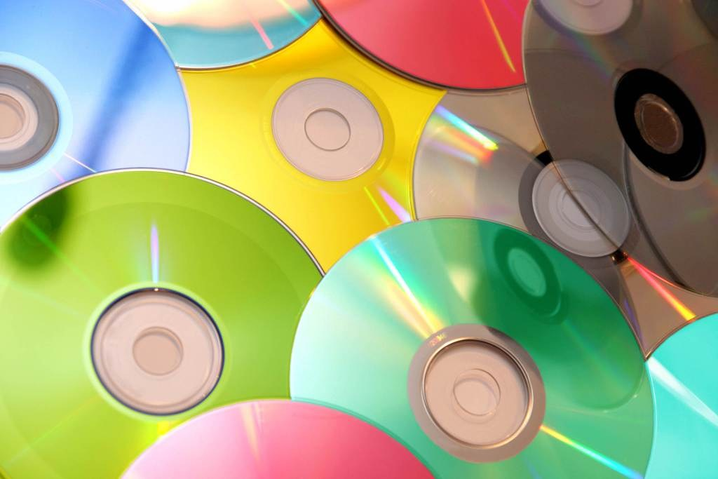 На рынках Ташкента проведен рейд по контрафактным дискам
