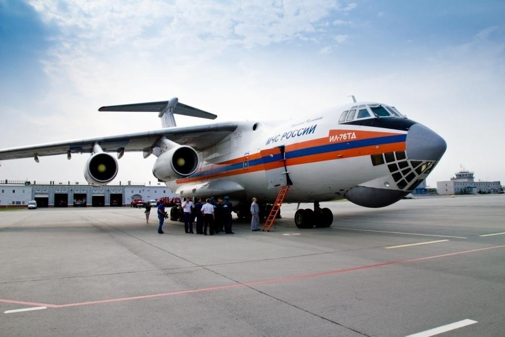 Самолет МЧС России эвакуировал 60 человек с территории Сирии