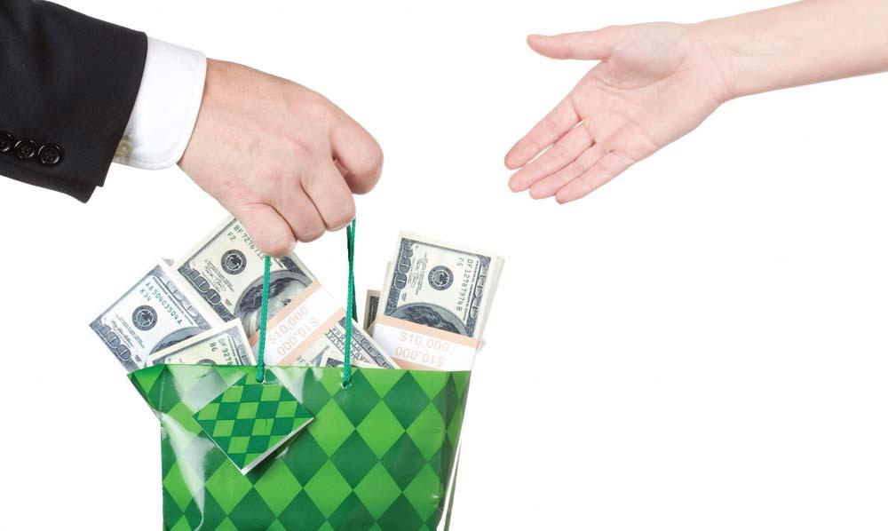 В Узбекистане запретили принуждать бизнесменов к благотворительности