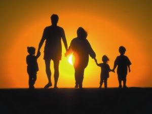 Большинство узбекистанцев считают свою семью счастливой