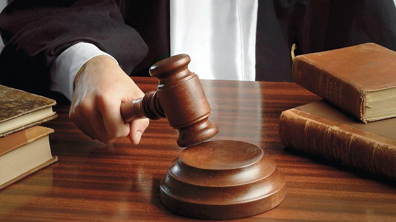 За изнасилование и взяточничество осужден профессор Бухарского госуниверситета