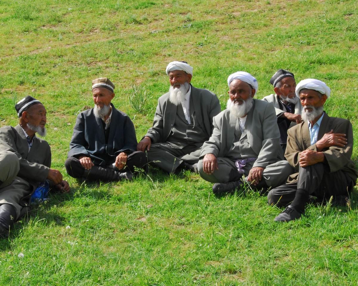 В Узбекистане растет число пожилых людей