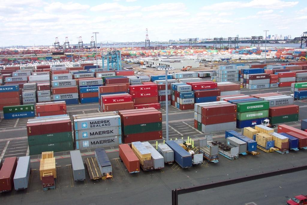 В структуре внешней торговли Кыргызстана Узбекистан занимает 3