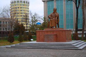 К 100-летию великой узбекской поэтессы