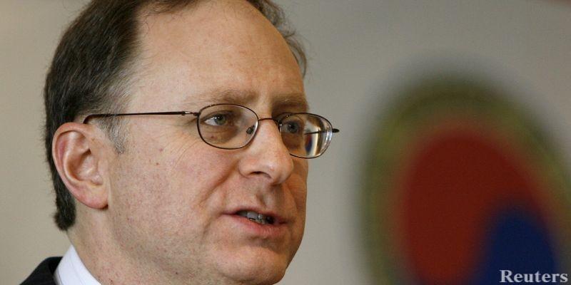 НАТО: Нам придется теперь рассматривать Россию в качестве противника