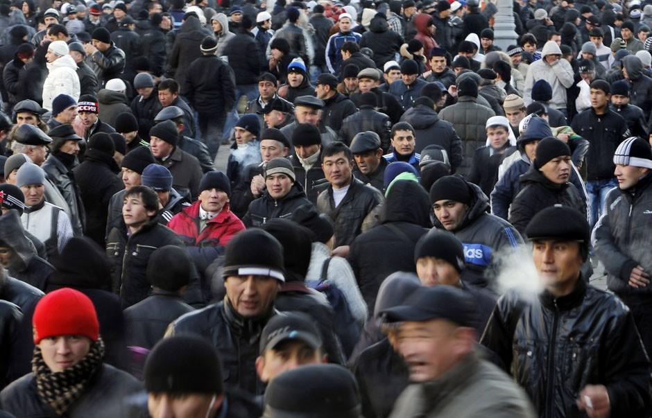 Узбекистанцев в России больше всех...