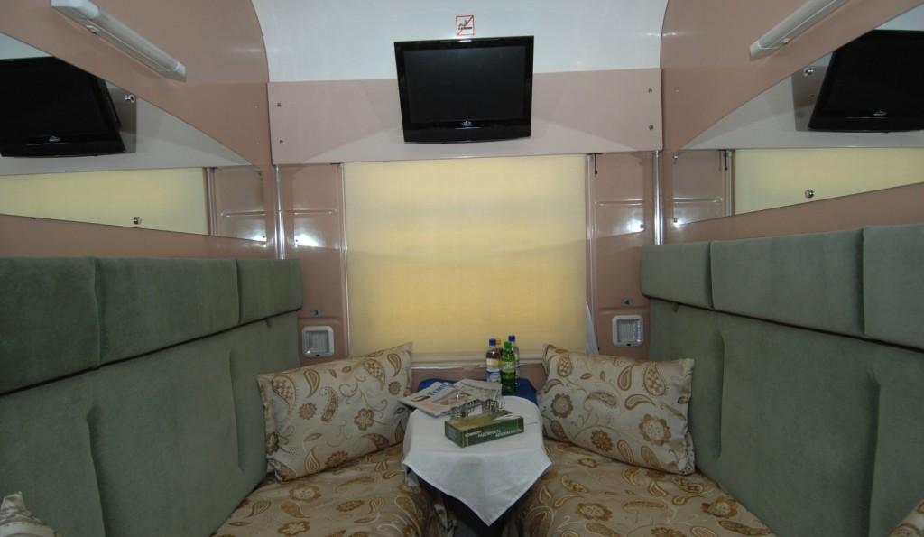 Начал курсировать поезд Бухара-Ургенч
