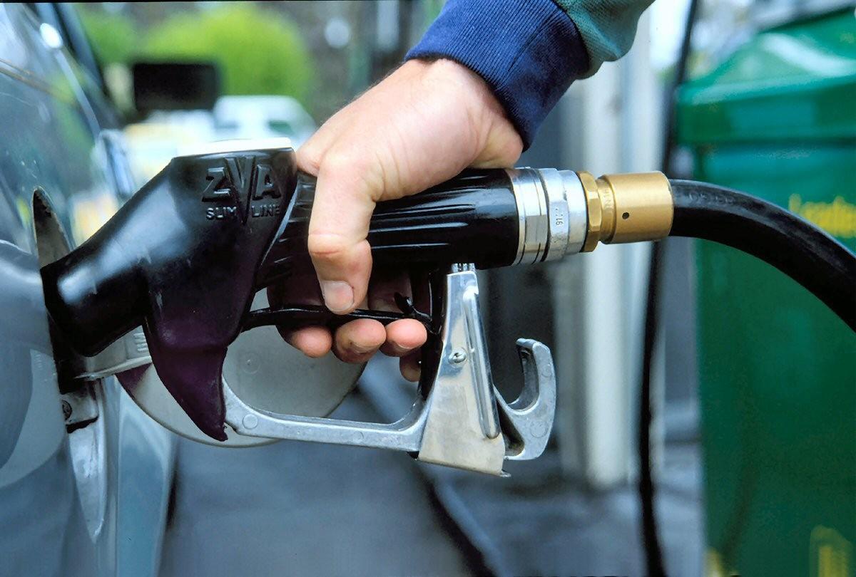 СМИ: США помогут Узбекистану в борьбе с дефицитом бензина