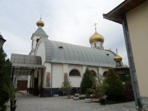 Уральский художник распишет монастырь в Ташкенте