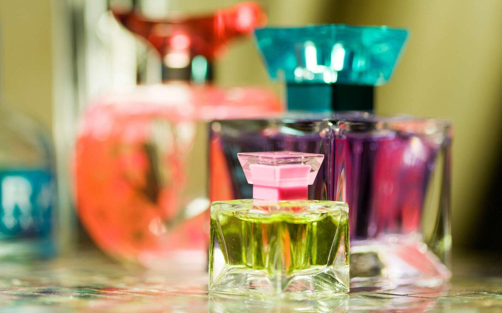 Таможенники Узбекистана пресекли контрабанду парфюмерии на 4 миллиарда сум
