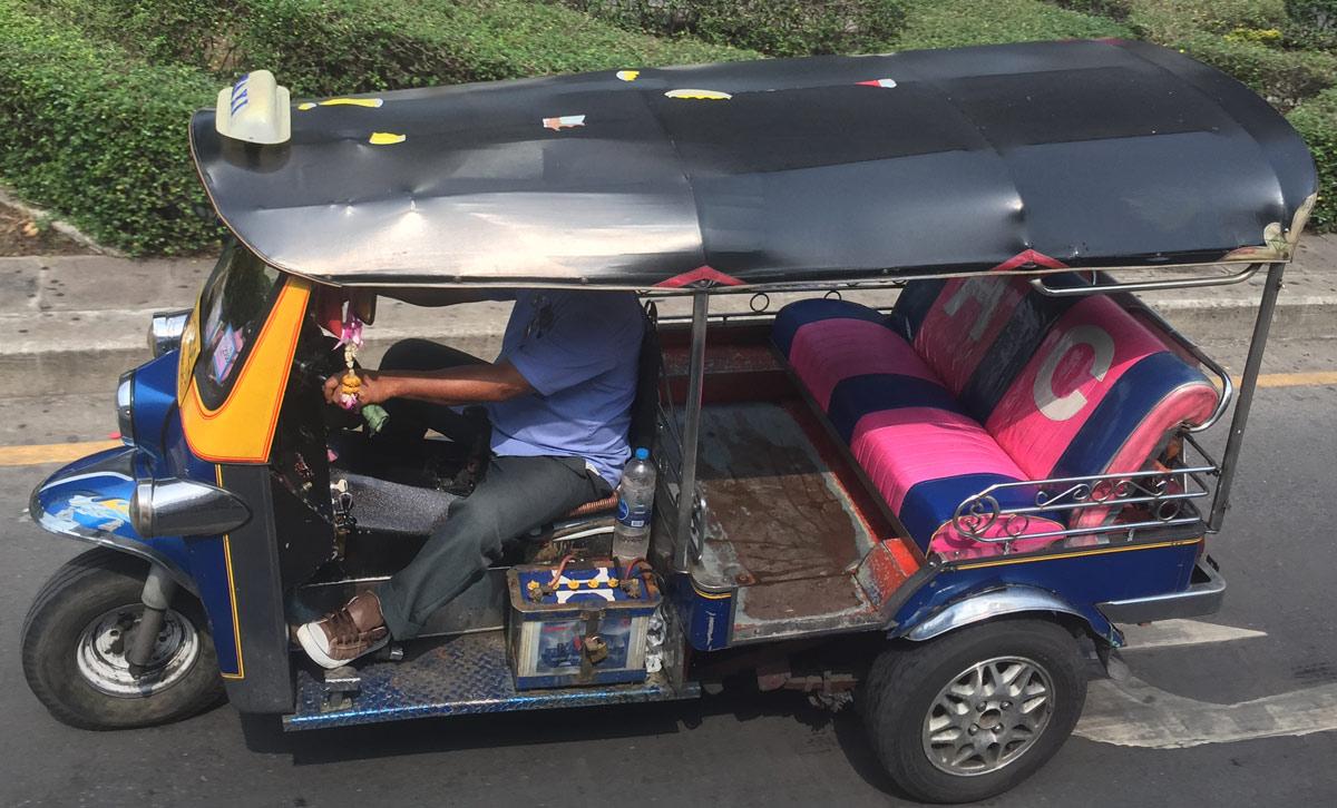 В Паттайе рикши ограбили узбекского туриста и вернули документы