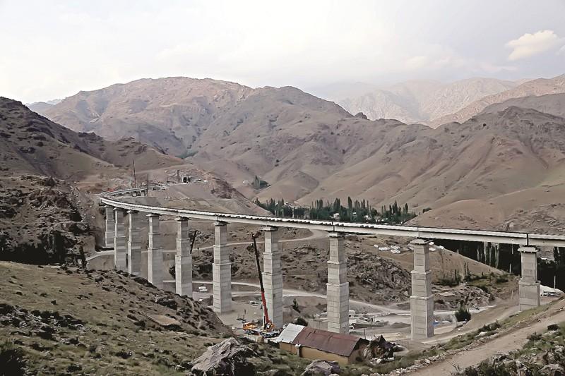 15 апреля 2016 года первый поезд проедет в долину по тоннелю