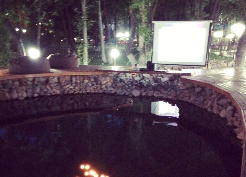 В Ташкенте открылся первый open-air кинотеатр