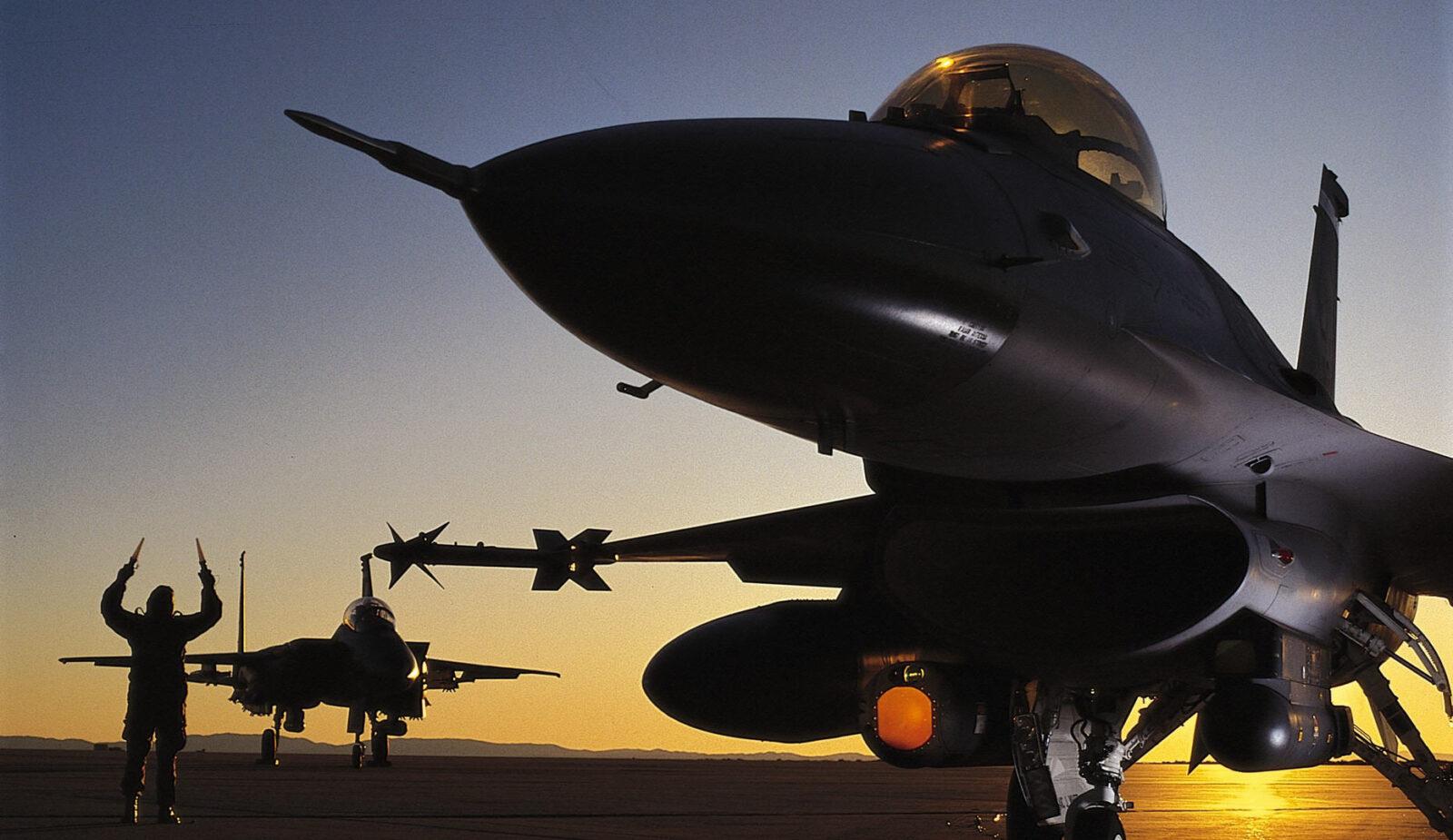 ВВС США должны Узбекистану 14.3 миллиона сум