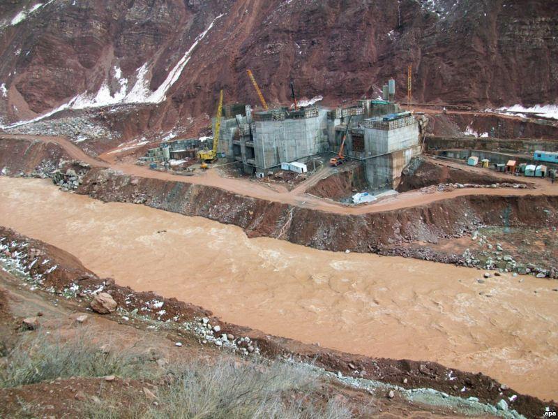 Абдулазиз Камилов и Султон Рахимзода обсудили водные проблемы